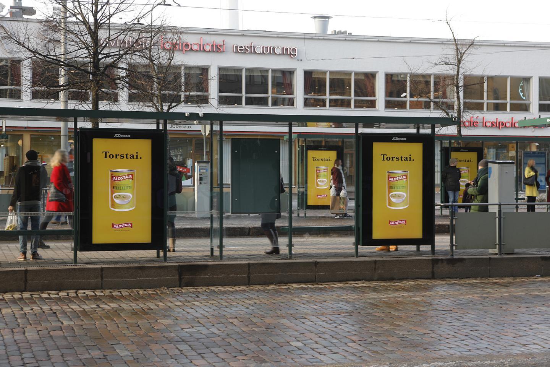 jalostajan hernekeitto mainos torstai lasipalatsin edessä digitaalisessa näytössä